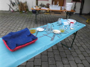 So sah der Tisch danach aus...ganze Arbeit geleistet...